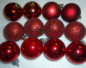 GDR German Christmas Ornaments 4 Red + 8 Unmarked Glitter & Red Christmas Balls