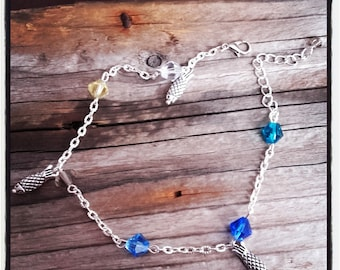 Silver metal and beads Anklet has blue / fish