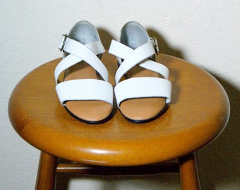 White Leather Strappy Ethnic Grunge Boho Hipster Sandals 6 36