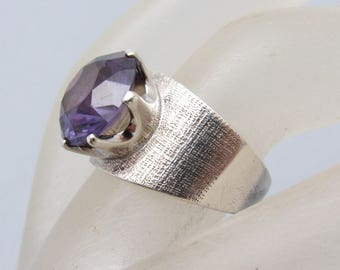 Taxco Sterling Ring Purple Glass Alexandrite Vintage Jewelry