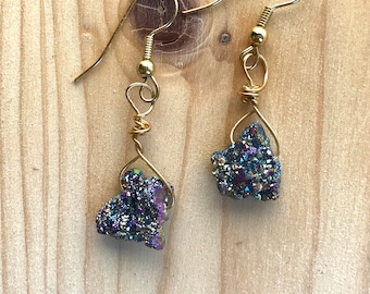 Iridescent earrings, druzy earrings, Iridescent druzzy earrings