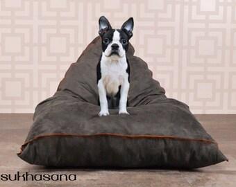 Pet pillow, Sukhasana No. 1