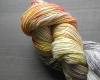 Hand dyed Speckled Worsted weight Merino Wool Singles Yarn - INTUITION by Monarch Fibers