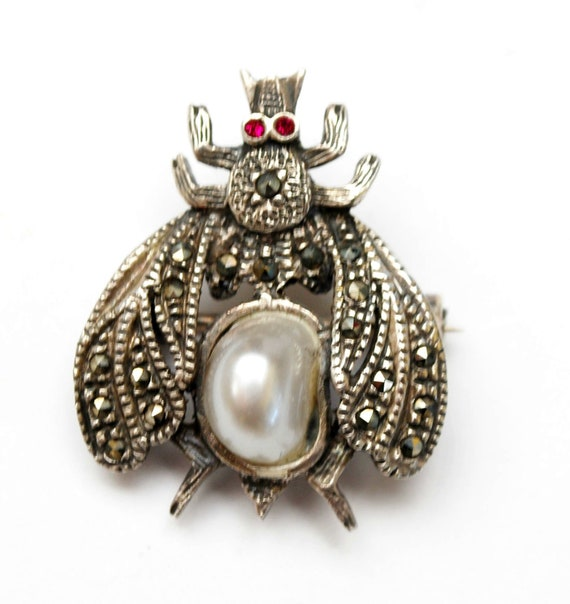 Sterling Marcasite Bee brooch - white faux Pearl  - Red rhinestone eyes -  Insect figurine Pin - signed 925 SS th