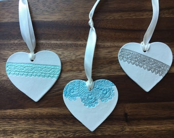 Clay heart hanger with lace design - various colours 8cm across