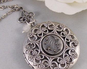 Gypsy Moon,Locket,Silver Locket,Moon,Star,Night,Goddess, Locket,Antique Locket,Antique,Moon,Love You. jewelry by valleygirldesigns.