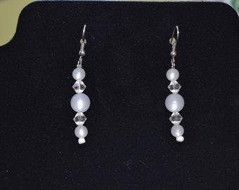 Pearly White Earrings