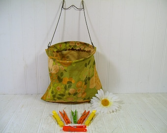 Boho Clothespin Bag Retro Chic Vintage Aged Flower Power Sixties Fabric on Galvanized Metal Hanger & 6 Colorful Plastic Clothespins Included
