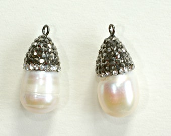 Fresh Water Pearl Tear Drop Pendant  -  12 x 22mm Pearl with Crystals - Loose Beads - Thickness 12mm
