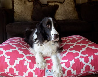 Quatrefoil Dog Bed || Pink Custom * Small Medium * Personalize with Your Pups Name * Custom Pillow Cover