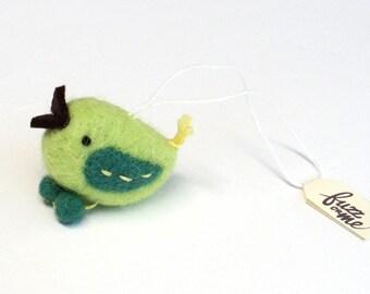 Miniature felt bird ornament, needle felted bird - dark and light green, Christmas decor, stocking stuffer