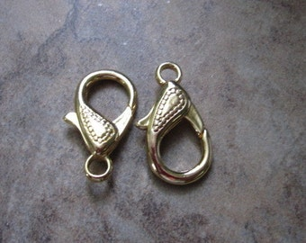 """2 Clasps, Lobster claw, gold-finished """"pewter"""" (zinc-based alloy), 25x15mm double-sided with teardrop design.  JD206"""