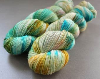 "Magpie - ""Rowboat"" - Gold Stellina Sock Yarn"