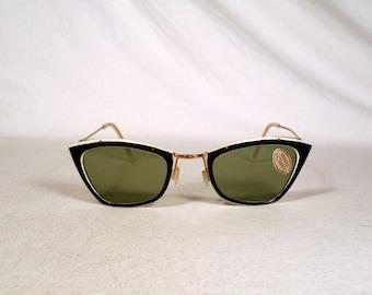 fabulous vintage sunglasses lunettes eyeglasses 1950 cat eye carved frame france rare