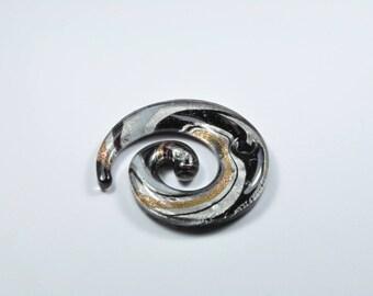 PE301 - 1 spiral flat glass bead black and gray
