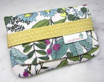 Sanitary Pad Holder, Wildflowers, Bontanical, Tampon Case, Sanitary Pad Case, Tampon Holder, Sanitary Napkins, Period Case, Discreet Case