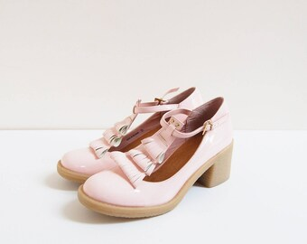 Baby Pink Mary Jane | vintage | patent leather t-strap heels | uk5