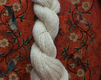 Sport Weight English Leicester Longwool Natural White Wool Yarn