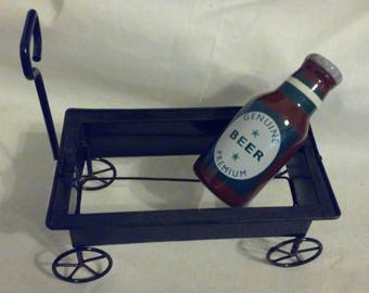 Vintage 1970s salt or pepper shaker beer bottle and wagon, Free Shipping