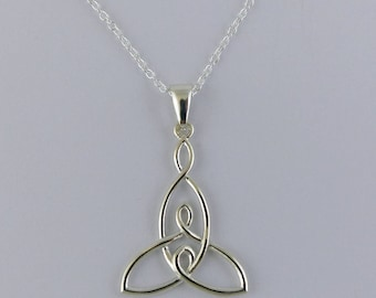 Mother and Two Children Knot Necklace