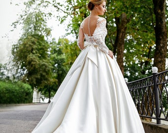 Zustin. Wedding dress , fairy wedding dress, vintage style wedding dresses, wedding gowns, bride dresses