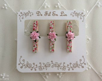 Set of 3 clothespins shabby romantic: fabric flowers and pink paper