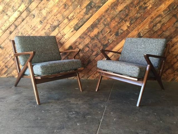 Mid Century Selig Style Walnut Z Chair