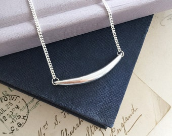 Forever Strong Curve Necklace in Sterling Silver