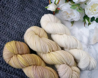 Sock yarn, hand dyed yarn, wool yarn, 60th birthday gift, hand dyed sock yarn, merino wool yarn, cat lover gift, PREORDER - Golden