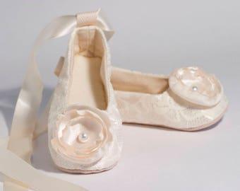 Easter Ivory Toddler Shoe, Baby Spring Flower Girl Lace Ballet Slipper, 23 colors, Girl Wedding Shoe, Girls Ballet Slipper, Baby Souls Shoes