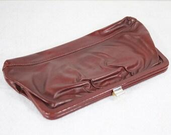 7 Dollar Sale---Vintage 70's Reddish Brown Leather Clutch Purse