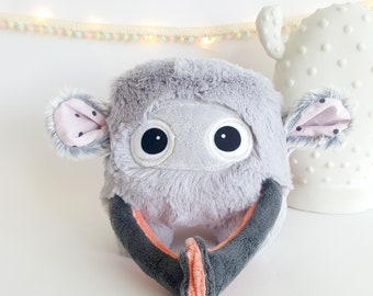 "Doudou Mini Popossum ""Blush"" - original Monster toy"