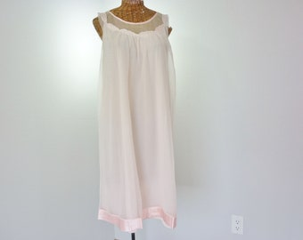 Aristocraft by Superior Pink Chiffon Nightgown 1960s Size Medium