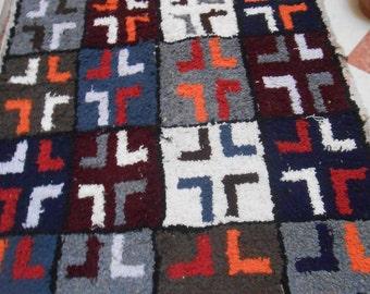 Moroccan Boucherouite Rug, Handwoven Carpet - Tapestry Berber Rug - Vintage Moroccan Rug