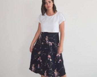 Vintage Floral Midi Skirt (Size M/L)