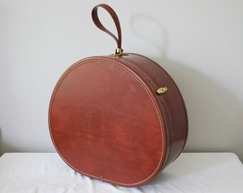 Samsonite Train Case, Round Suitcase, Vintage Hat Case, Overnight Luggage, 4920 Vanity Carry on Bag, 1950s Faux Leather Red Brown, Storage
