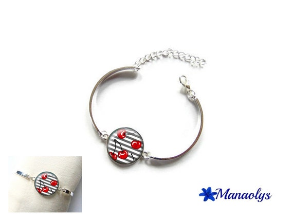 Rigid silver bracelet, cherry, 521 glass cabochon