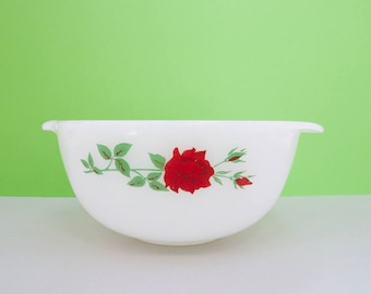 Agee/Crown Pyrex 'Scarlett Rose' OMB712 Mixing Bowl