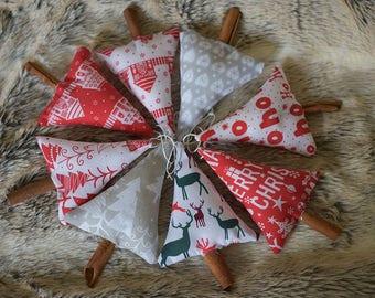 Cinnamon Stick Christmas decorations - Scandi Christmas decoration- Cinnamon Stick Christmas tree- Cinnamon stick Christmas tree decoration