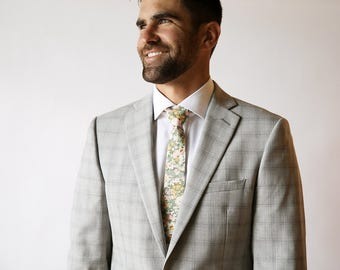 Green Men's Tie, moss green, custom green necktie, groomsmen necktie, cotton necktie, groomsmen bow tie, liberty print tie, floral necktie