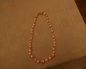 """18"""" Faux Pink Pearl Necklace"""