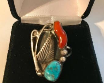 Vintage Southwestern Turquoise and Coral Silver Ring
