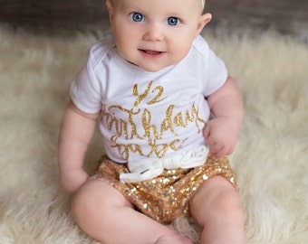 Tiny Gold Headband, Gold Baby Bow, Gold Glitter Bow, Glitter Bows, Sparkle Bow Headband, Glitter Baby Headband, Baby Gold Headband