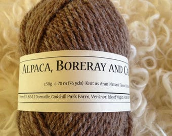 Blend of Alpaca Boreray and Castlemilk moorit Aran wool