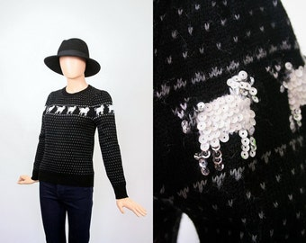 Vintage Sheep Sweater / 80s Novelty Knit Top / 1980s Jumper / Animal Print / Small