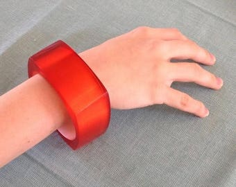 Vintage 1960's Chunky Red Lucite Bracelet
