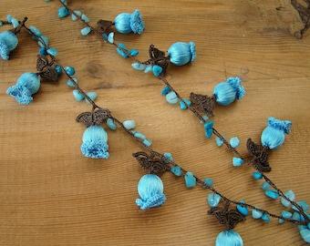 crochet flower necklace, blue tulip
