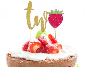 """1 pc """"two Strawberry"""" script Gold Glitter Cake Topper for second Birthday Baby Toddler boy girl fruit summer party"""