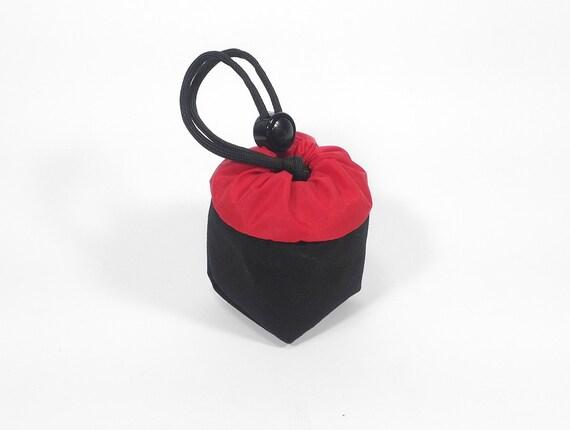 Yo-Yo pouch - 'Cube' // Black & Red