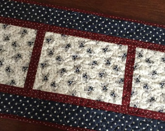 Patriotic Table Runner, Americana Quilted Runner, Independence Day Decor, Red White Blue Table Runner, Stars and Stripes Table Linens